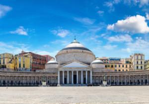 Perché scegliere di andare in vacanza a Napoli