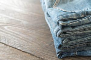 jeans con toppa